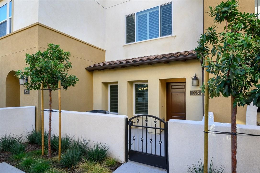 923 East Drapery Lane, Anaheim, CA 92802 Photo 0