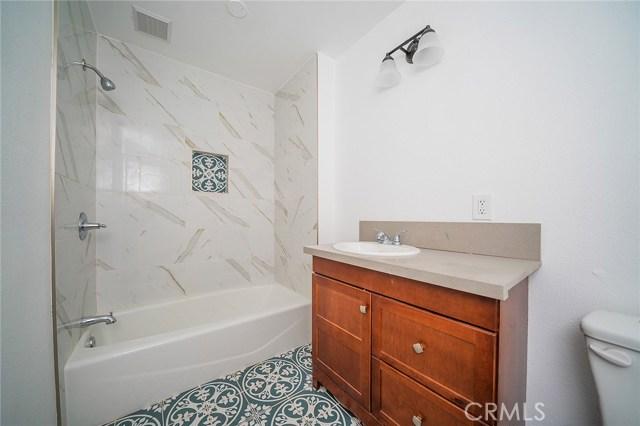 1106 W 56th Street, Los Angeles CA: http://media.crmls.org/medias/801943d0-cbd1-41a2-adb0-23950f43d1f1.jpg