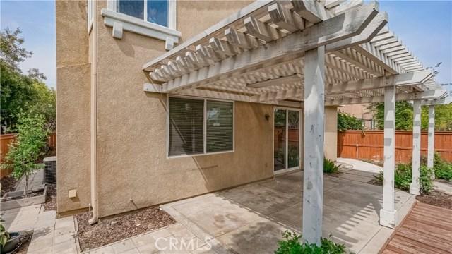 110 Fernpine Lane, Pomona CA: http://media.crmls.org/medias/801a4bbe-9149-495b-b3d2-3daa33f36680.jpg