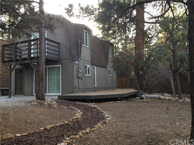 Single Family Home for Sale at 248 San Bernardino Drive Sugarloaf, California 92386 United States