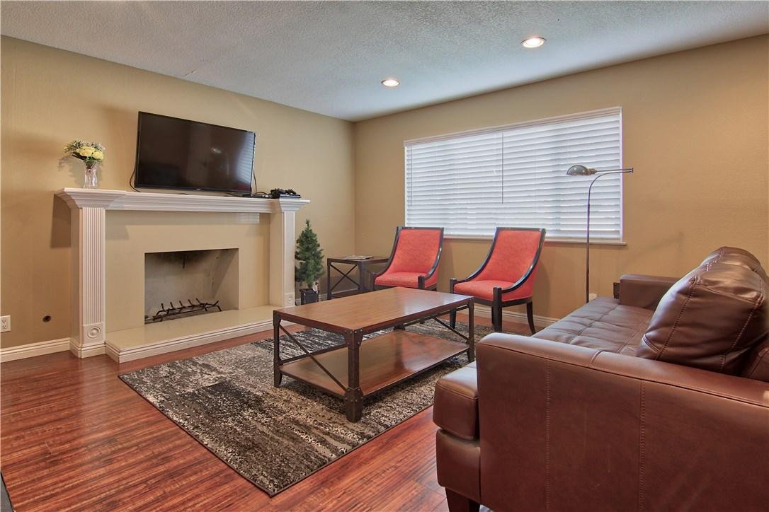 124 W Simmons Av, Anaheim, CA 92802 Photo 6