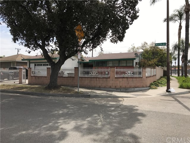 902 E Myrtle Street Santa Ana, CA 92701 - MLS #: PW17042822