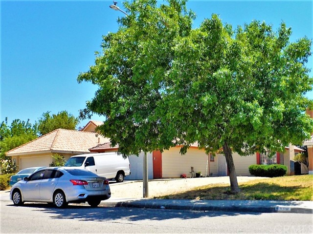 5344 Sunburst Drive Palmdale CA 93552