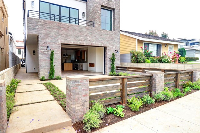 80327eee-2fef-4d5a-b217-4f0cf03cf4bb 719 Orchid Avenue, Corona del Mar, CA 92625 <span style='background-color:transparent;padding:0px;'><small><i> </i></small></span>