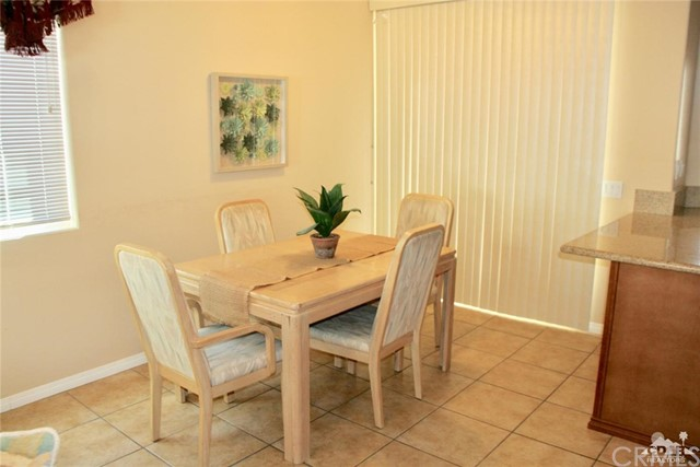 65119 South Cliff Circle, Desert Hot Springs CA: http://media.crmls.org/medias/8034e491-37a7-487c-aed0-2329219a94d2.jpg