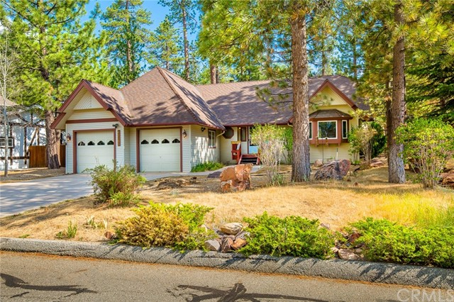 42355 Heavenly Valley Road, Big Bear CA: http://media.crmls.org/medias/803c4a8b-110b-4cff-97e0-5d37b397a633.jpg
