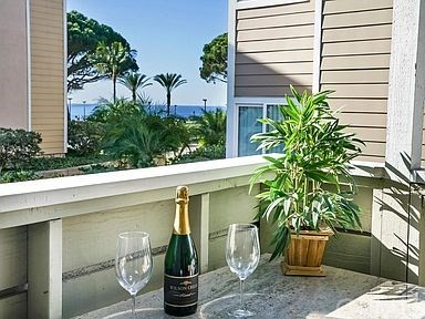 Detail Gallery Image 1 of 29 For 34114 Selva Rd #320,  Dana Point,  CA 92629 - 2 Beds | 2 Baths
