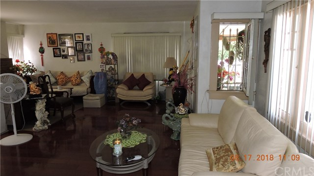 124 S Hoover St, Los Angeles, CA 90004 Photo 10