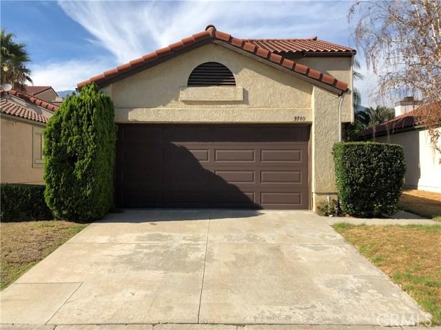 9740 Woodleaf Drive, Alta Loma CA: http://media.crmls.org/medias/80431ae1-6f7c-4820-a2ff-9ab5516f785d.jpg