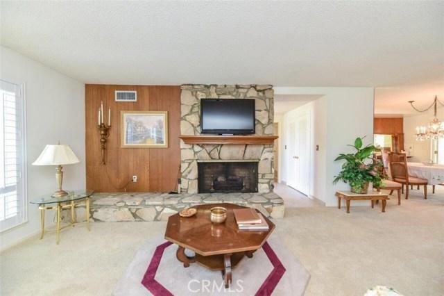 2622 E Whidby Ln, Anaheim, CA 92806 Photo 4