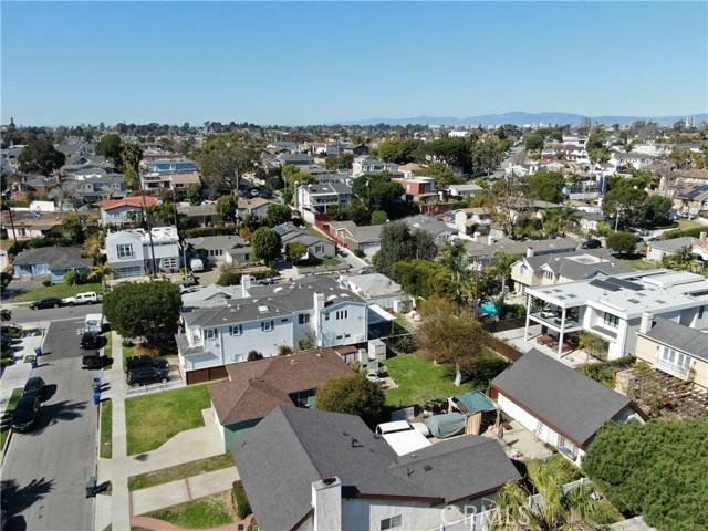 1311 18th Street, Manhattan Beach CA: http://media.crmls.org/medias/805e8c67-a92f-47bb-a885-21b514562523.jpg
