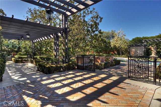 1628 Sweetshade Circle, Orange CA: http://media.crmls.org/medias/806ec132-d3b6-4fcc-a23d-bd80309261d4.jpg