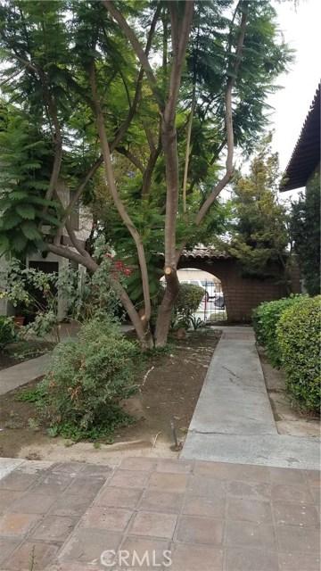 1462 Everton Place, Riverside CA: http://media.crmls.org/medias/807339d9-cd5e-4e2c-abf8-8a1f92685528.jpg