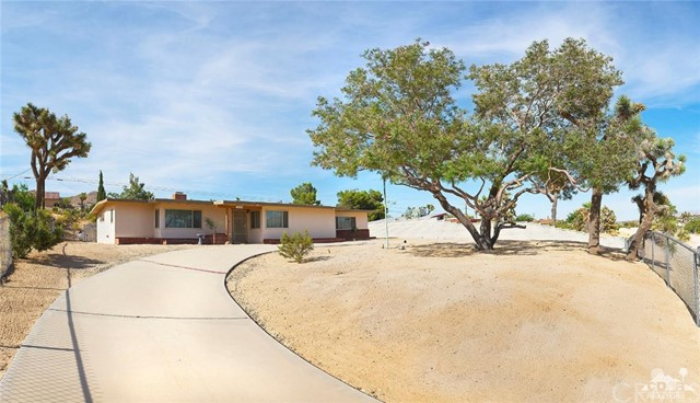 57404 Warren Wy, Yucca Valley, CA 92284 Photo