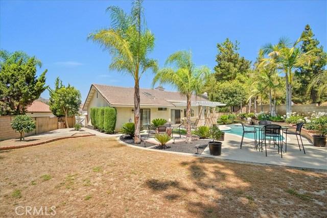 1203 Duke Lane, Walnut CA: http://media.crmls.org/medias/80765c87-ef0a-46c1-9818-bd9ff3b06cef.jpg