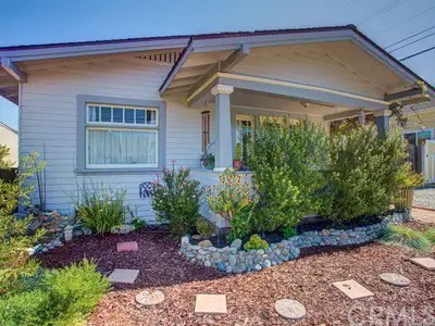 Detail Gallery Image 1 of 1 For 1520 Beach St, San Luis Obispo,  CA 93401 - 2 Beds   1 Baths