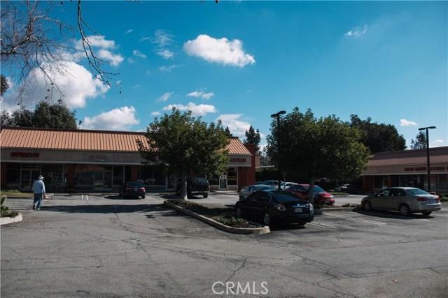 936 W Foothill Boulevard, Claremont CA: http://media.crmls.org/medias/809681e6-366c-4e23-9c8f-93b344e95575.jpg
