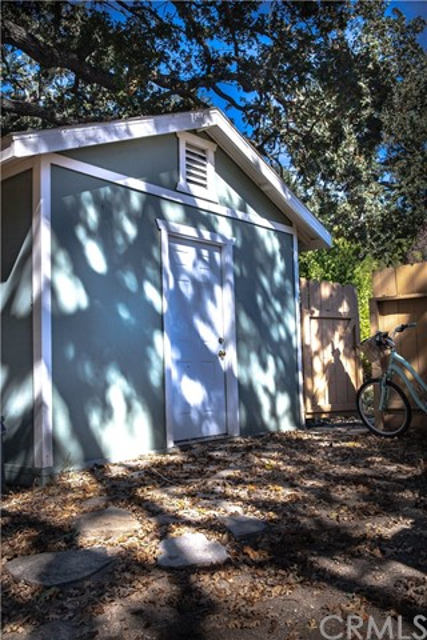 9250 Santa Lucia Road, Atascadero CA: http://media.crmls.org/medias/809a8a92-71d8-4221-885a-f61fc63cf4d1.jpg