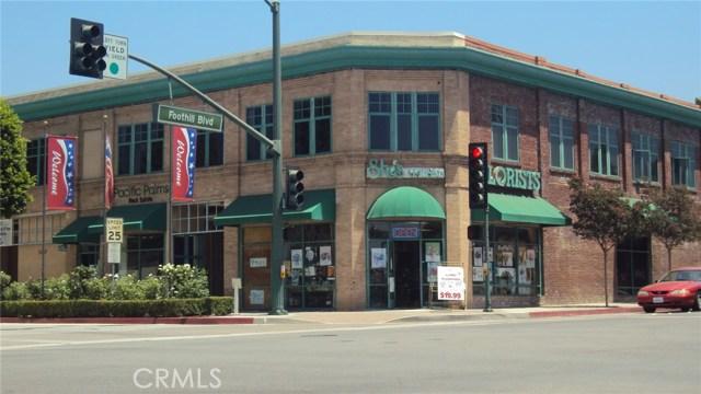 101 N Glendora Avenue, Glendora CA: http://media.crmls.org/medias/809e4788-ac61-4524-9162-f49115072138.jpg