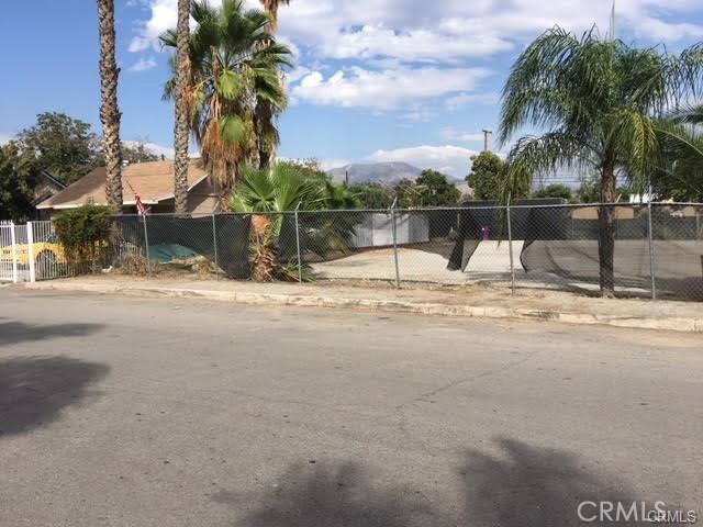Commercial for Rent at 25082 Base Line Street 25082 Base Line Street San Bernardino, California 92410 United States