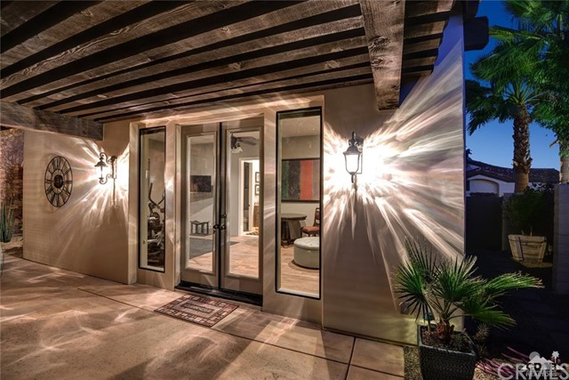15 Villaggio Place, Rancho Mirage CA: http://media.crmls.org/medias/80a807df-44af-4cde-9354-aaf03508e890.jpg