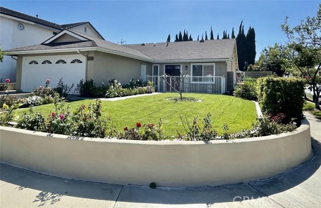 15092 Sonny Circle, Irvine CA: http://media.crmls.org/medias/80a91a75-49c9-435d-9ae6-8df5ead777dd.jpg