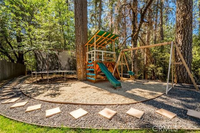 15300 Forest Ranch Way, Forest Ranch CA: http://media.crmls.org/medias/80ac76b6-87da-44f1-babe-b7b058a95b23.jpg