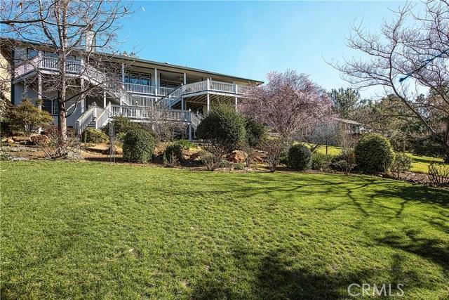 独户住宅 为 销售 在 16545 Hacienda Court Hidden Valley Lake, 95467 美国