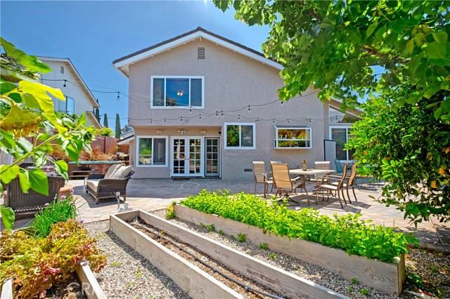 22112 Comanche Road, Lake Forest CA: http://media.crmls.org/medias/80b39de8-567d-4d64-8a28-9bd271015b5a.jpg