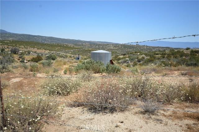 35052 Hobbiton Road, Sage CA: http://media.crmls.org/medias/80b58789-2f71-4a79-81c7-05f6f0adeaba.jpg