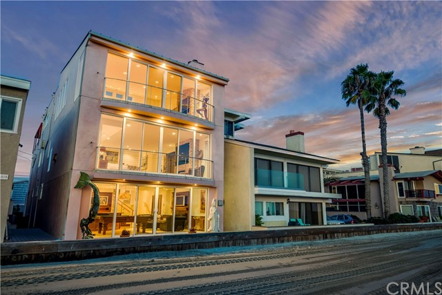 Casa Unifamiliar por un Venta en 6519 E Seaside Walk Long Beach, California 90803 Estados Unidos