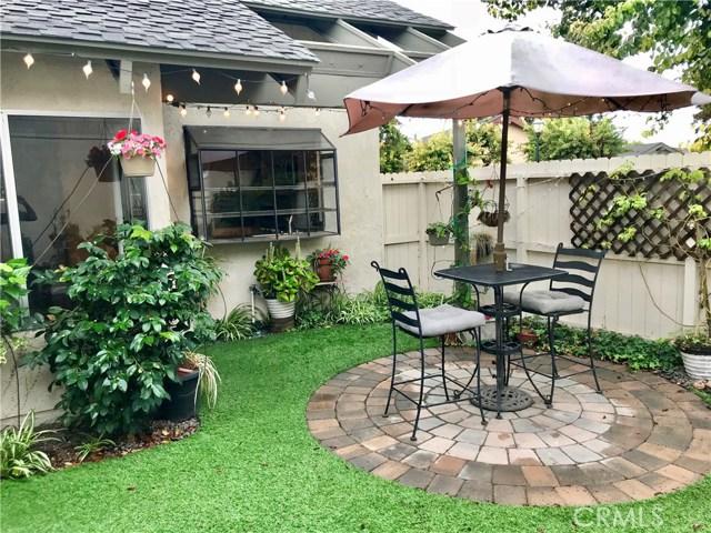 22916 Avenue Valley Verde 7, Laguna Hills CA: http://media.crmls.org/medias/80cb55bc-b370-4916-8fa9-15e443f2452d.jpg