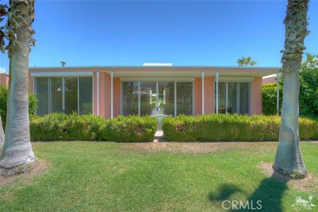 47043 Arcadia Lane, Palm Desert CA: http://media.crmls.org/medias/80ee9bae-67b5-4616-a168-9896d43f8b52.jpg