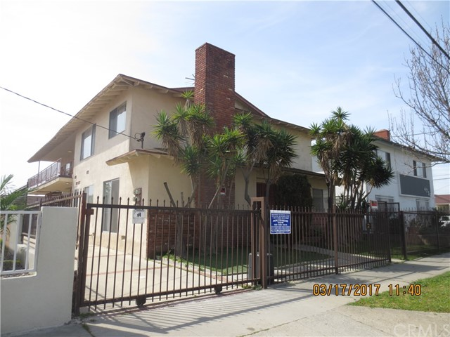 Single Family for Sale at 4730 118th Street W Hawthorne, California 90250 United States