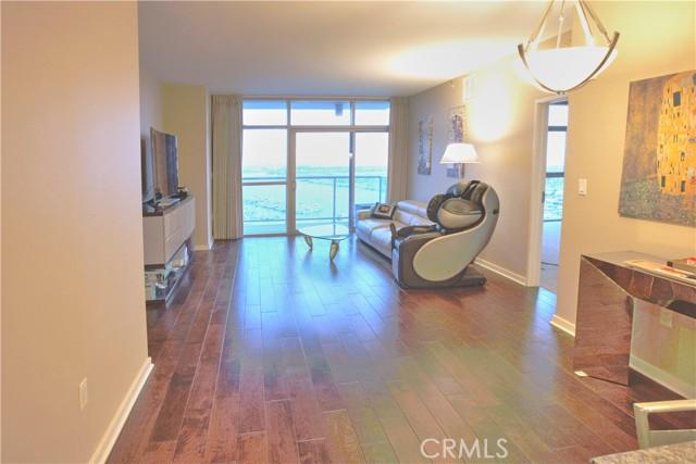 13700 Marina Pointe Dr 1702, Marina del Rey, CA 90292 photo 4