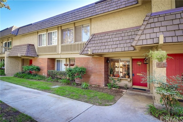 10461 Smoke River Court Fountain Valley, CA 92708 is listed for sale as MLS Listing OC16727734