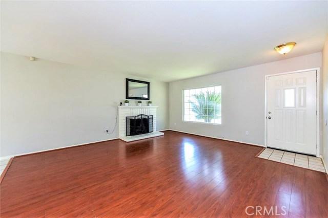 1040 Northpark Boulevard, San Bernardino CA: http://media.crmls.org/medias/80f7ec62-fedf-40f1-adcf-4495753c6eb3.jpg