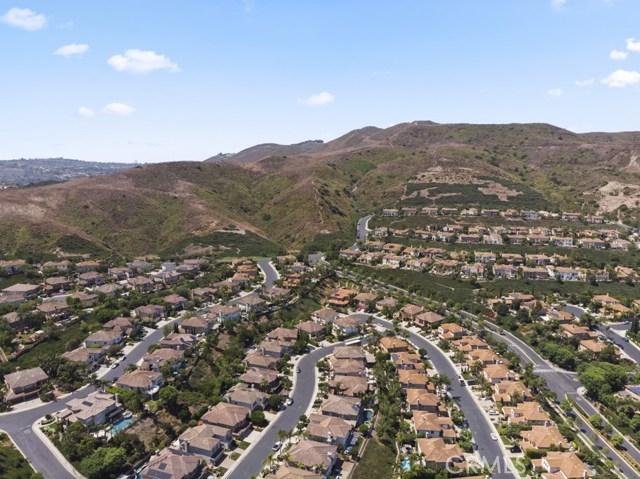 31342 Via Del Verde, San Juan Capistrano CA: http://media.crmls.org/medias/81152d8e-802a-47e0-8eda-3d44a524611c.jpg
