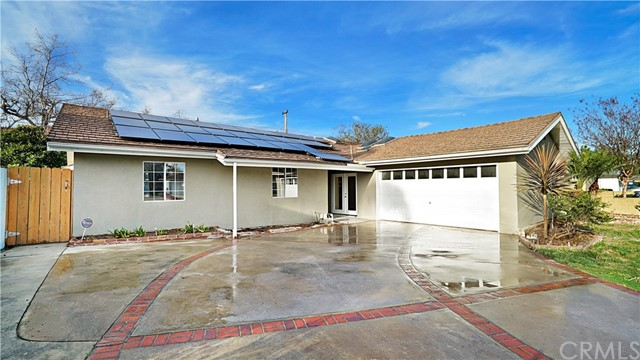 Single Family Home for Sale at 917 Clemensen Avenue Santa Ana, California 92705 United States
