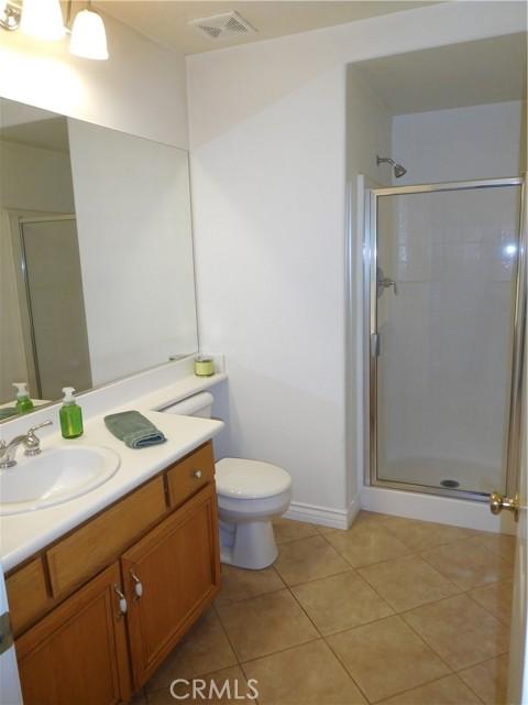 957 N Temescal Circle, Corona CA: http://media.crmls.org/medias/812daa32-0476-4735-b324-9bb14c56fd52.jpg