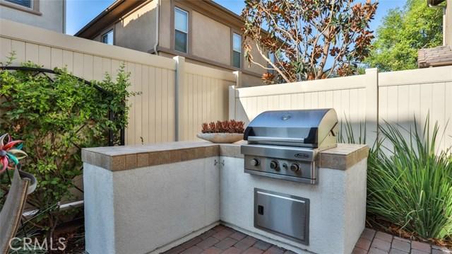 14527 Marquette Avenue, Chino CA: http://media.crmls.org/medias/81359da4-e600-4f7f-bbef-e8d109a20428.jpg