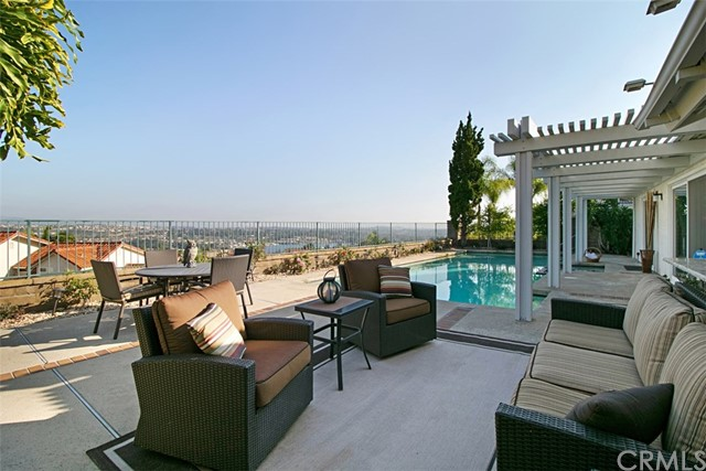 22362 Canaveras Mission Viejo, CA 92691 is listed for sale as MLS Listing OC16733714
