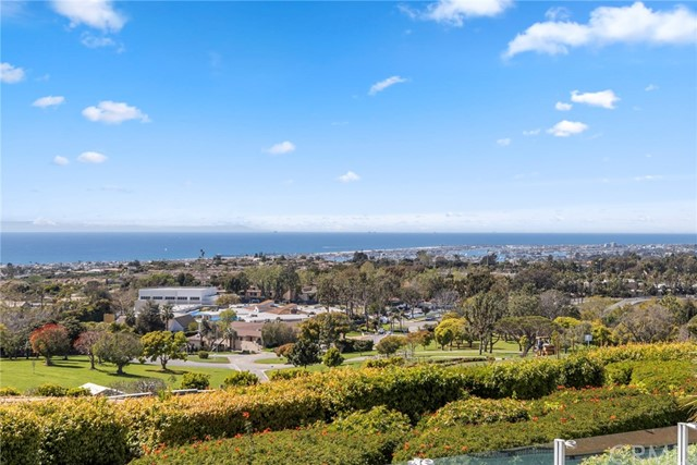3 Twin Lakes Circle Corona del Mar, CA 92625