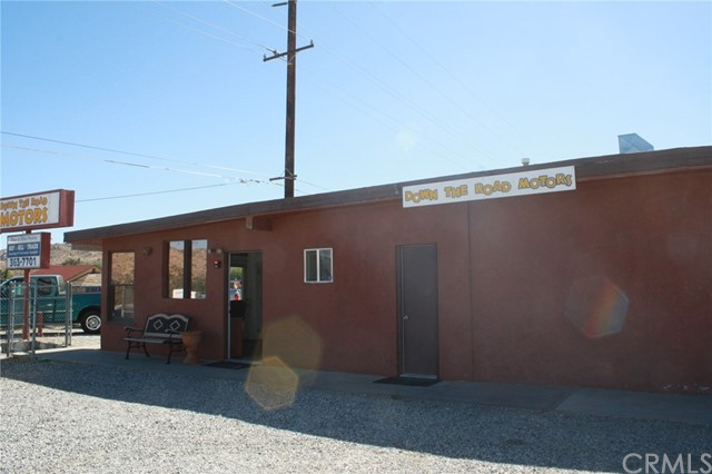 49896 29 PALMS Highway, Morongo Valley CA: http://media.crmls.org/medias/8150093e-db83-4550-9b34-a37e57fb1bbe.jpg