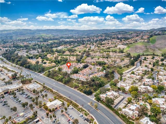 13194 Spire Circle, Chino Hills CA: http://media.crmls.org/medias/8154e634-7401-443a-9d0d-66b2347363db.jpg