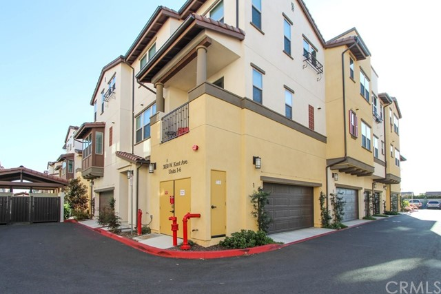 3830 W KENT Avenue, Santa Ana CA: http://media.crmls.org/medias/8158efcc-45ff-48bc-93f7-86ae7b9a5a95.jpg