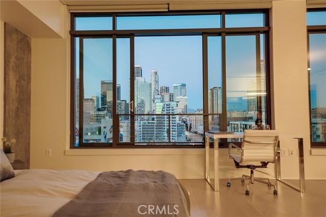 1111 S Grand Avenue, Los Angeles CA: http://media.crmls.org/medias/815c94a3-7847-4d3a-a7a3-179b5fd60533.jpg
