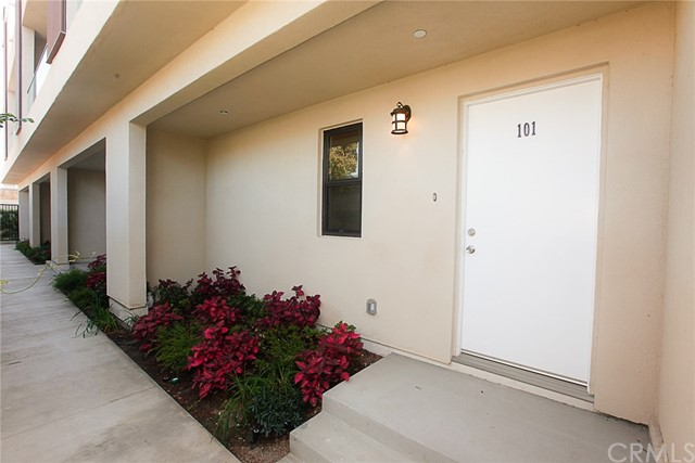 24444 Hawthorne Boulevard, Torrance CA: http://media.crmls.org/medias/815ebe81-840f-4faf-9fae-1b929288861d.jpg
