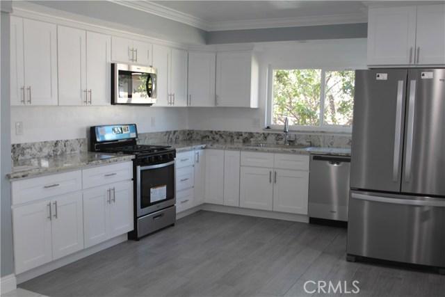 813 W Hughes Avenue, Montebello CA: http://media.crmls.org/medias/816c0180-cd8a-43d1-a327-bf6adcf2ad35.jpg