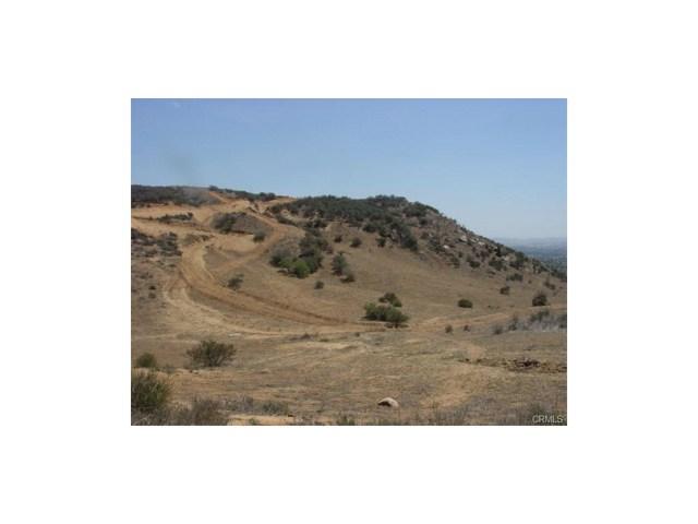9325 JODEN RD, Moreno Valley CA: http://media.crmls.org/medias/817a0b34-26ca-4373-b59e-4ebb84489d74.jpg
